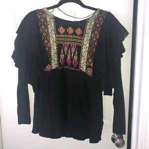 FREE PEOPLE ruffled boho embroidered top. Sz M